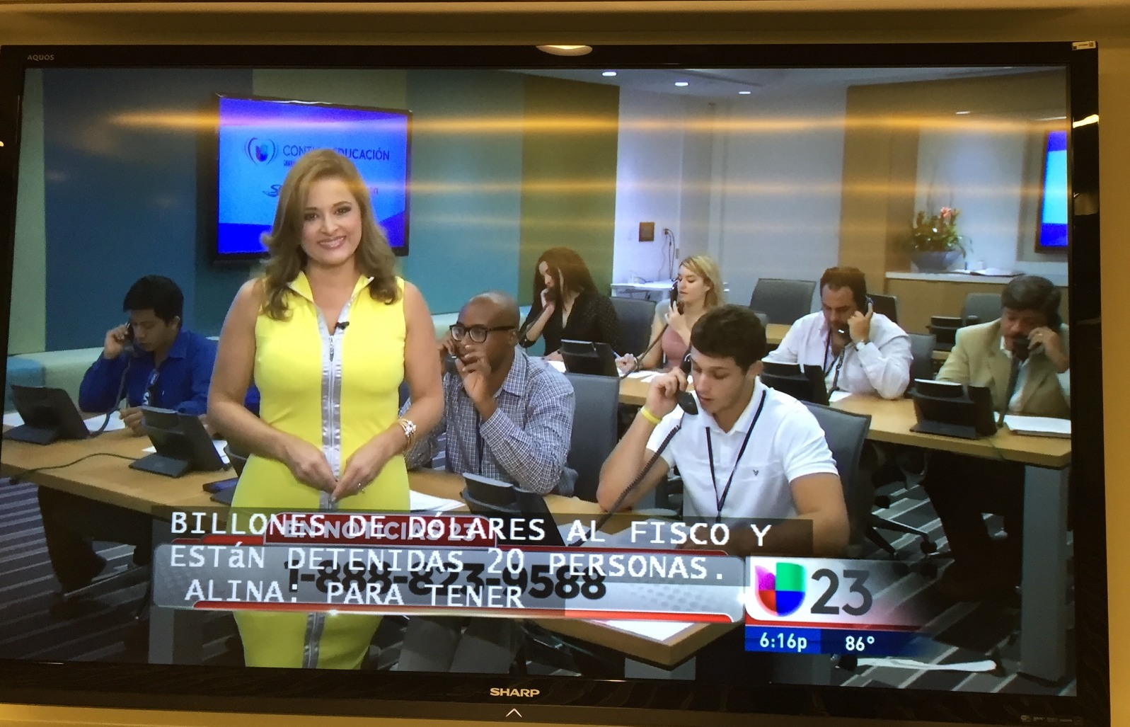 Informing our community of technology opportunitites 20150903 Univision Phone Bank